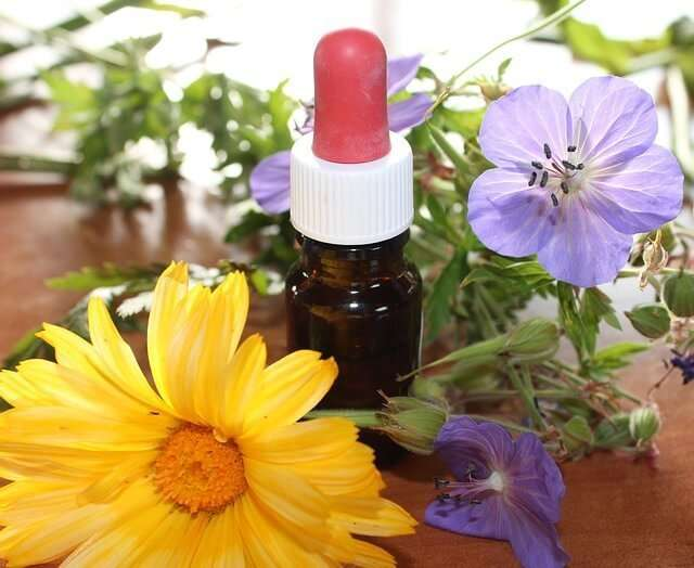 11 of the Best Health Benefits of Aromatherapy