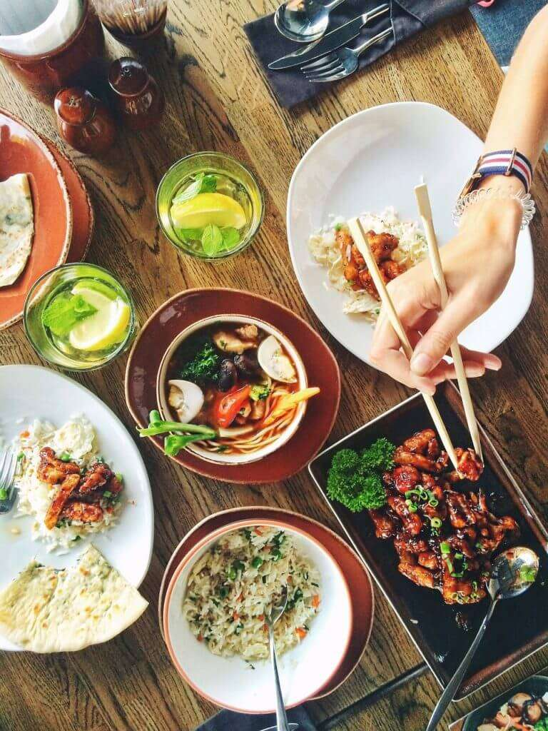 4 Benefits of Mindful Eating & 14 Ways To Practice It