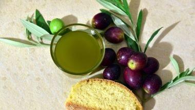 13 Impressive Health Benefits of Olives